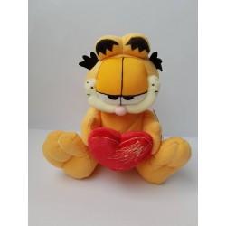 Peluche Garfield con cuore...